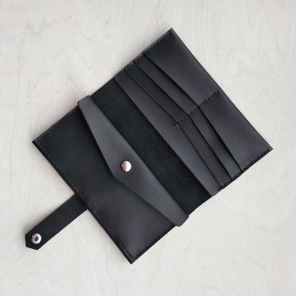 Bifold Leather Wallet - 9 compartments