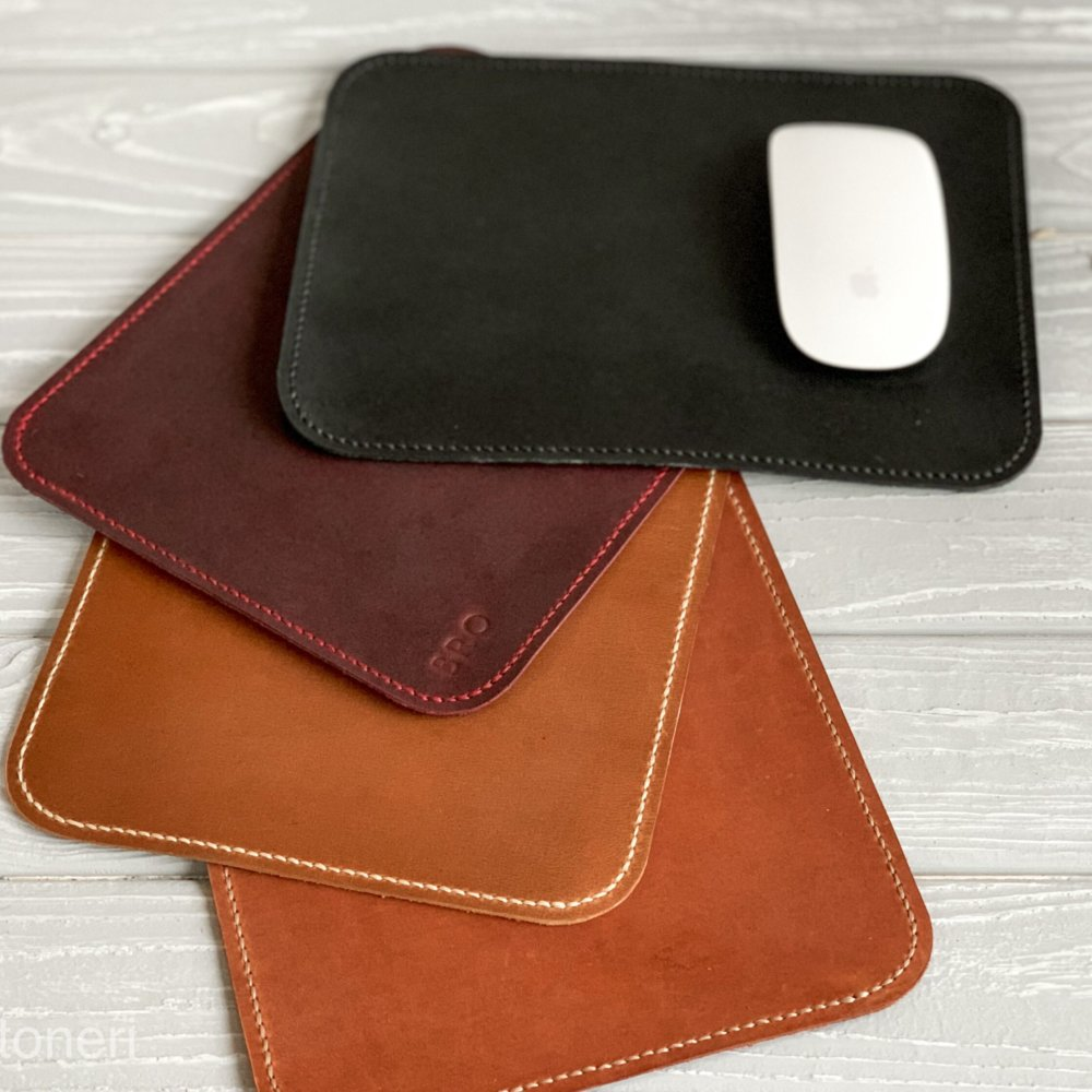 Leather mouse pads with firmware
