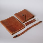 Women's Leather Gift Set