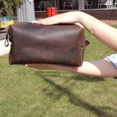 Medium Leather Dopp Kit