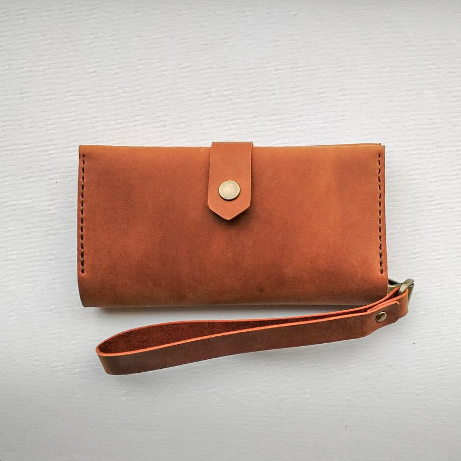 Leather wallet with handle